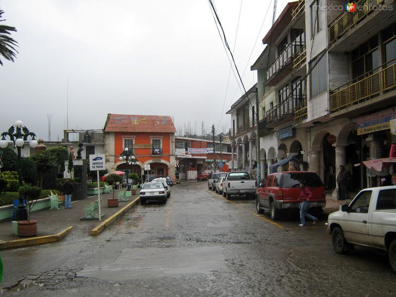 calle en el centro de la ciudad