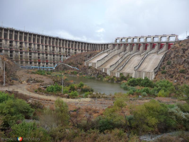 Cortina de la presa Abelardo L Rodríguez