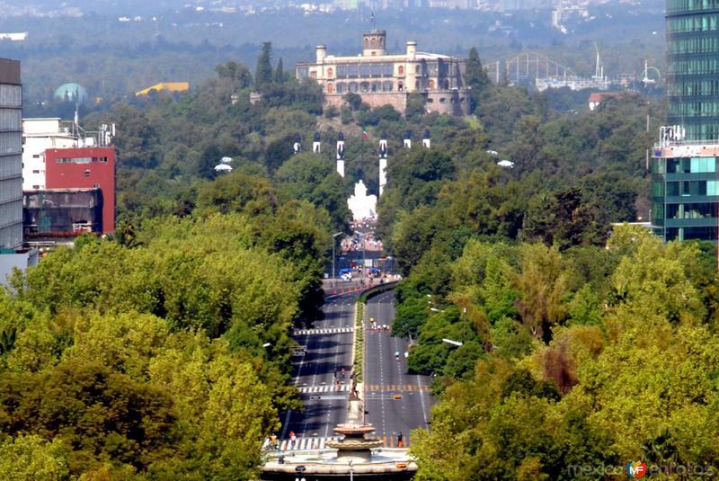 Castilo de Chapultepec desde el Angel