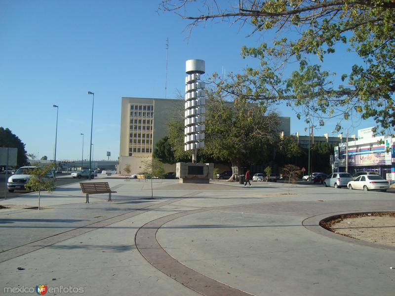 Plaza de los cien años, renovada