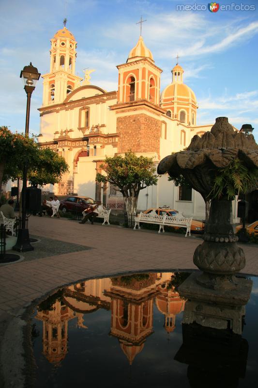 A reflective momens in Comala´s main square
