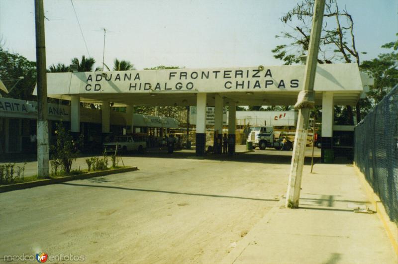 Aduana Fronteriza entre Ciudad Hidalgo (México) y Tecun Umán (Guatemala). Ciudad Hidalgo, Chiapas