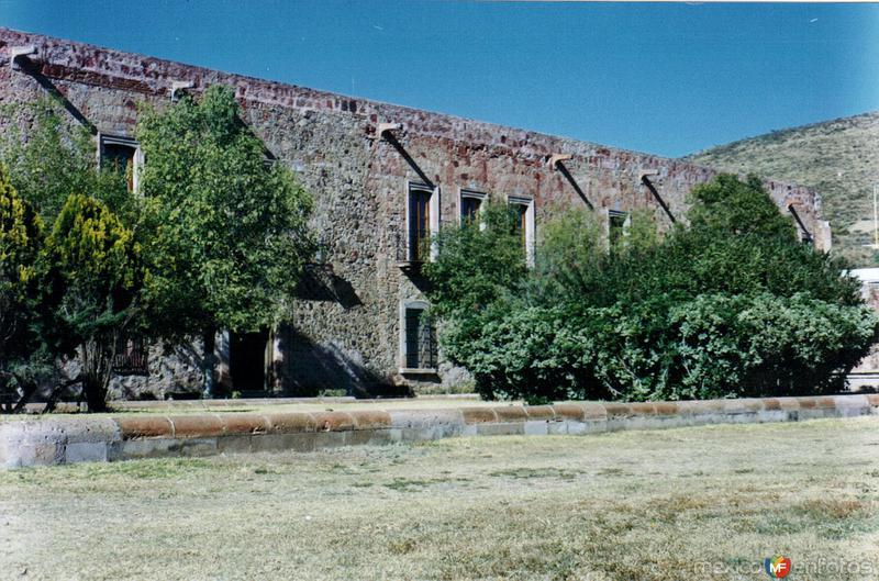 Casco de Ex-hacienda, hoy talleres de platería. Guadalupe, Zacatecas