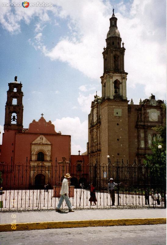 Ex-convento de San Mateo del siglo XVI y capilla de Guadalupe. Huichapan, Hidalgo