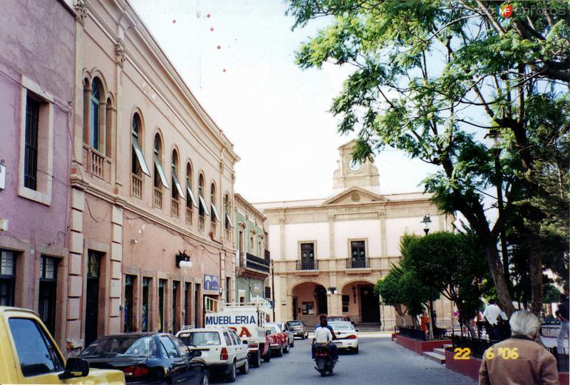 Palacio municipal y arquitectura colonial. San Luis de la Paz, Guanajuato