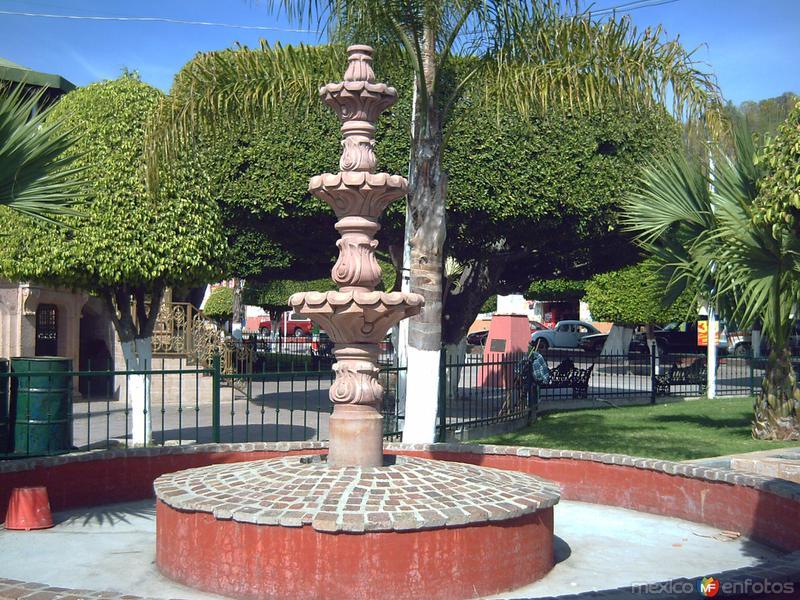 Fuente de la plaza