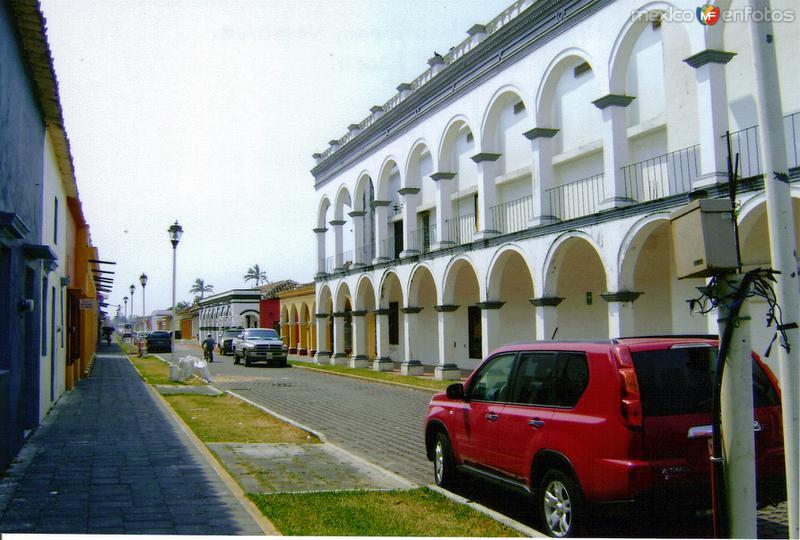 Calle típica con portales. Tlacotalpan, Veracruz