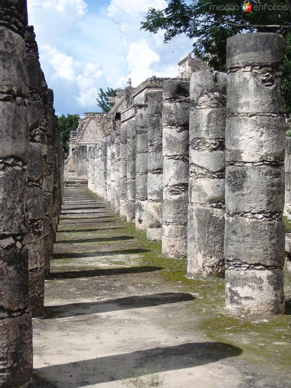 Las 1000 columnas. Zona Arqueológica de Chichén Itzá