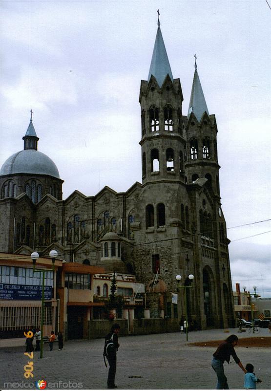 Basílica de Nuestra Señora de la Misericordia, 1950. Apizaco, Tlaxcala. 2006