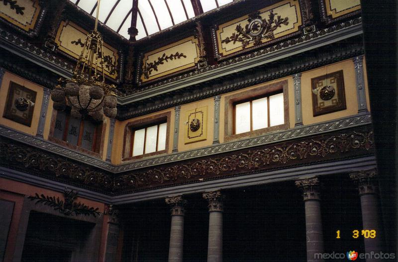 Interior del Teatro Juárez 1903. Guanajuato, Gto. 2003