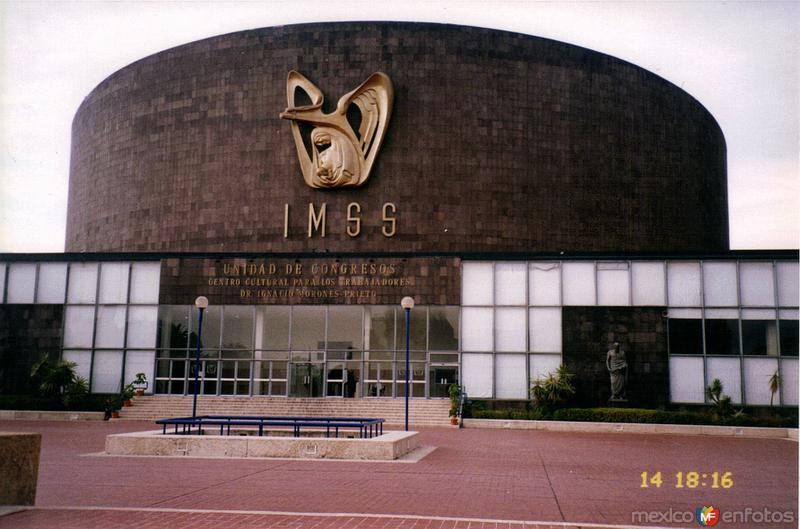 Unidad de Congresos del Centro Médico Nacional Siglo XXI. DF. 2000