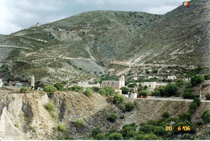 Vista del pueblo fantasma de Mineral de la Luz, San Luis Potosí. 2006