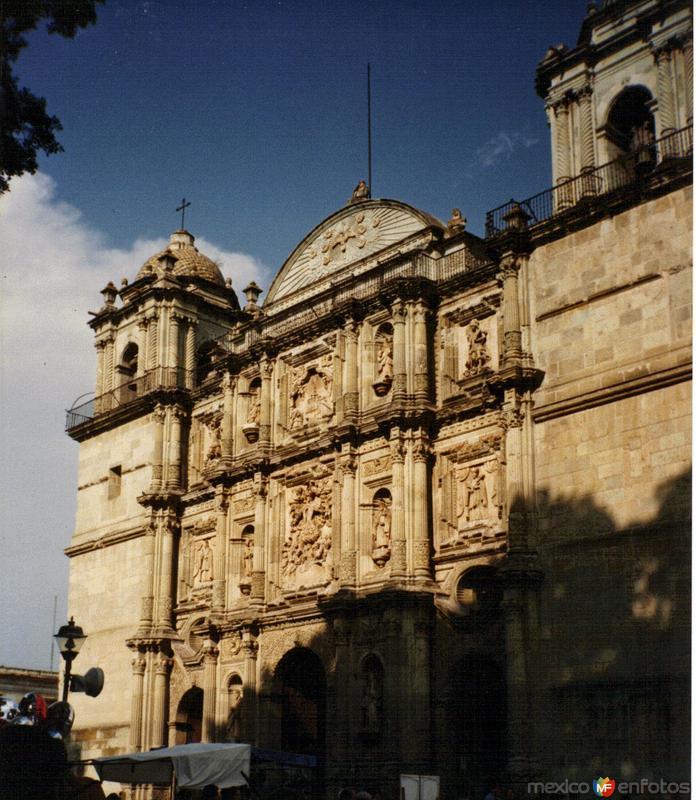 La Catedral (Siglo XVII). Oaxaca de Juárez. 1996