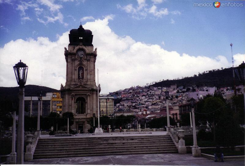 Reloj Monumental (1904). Pachuca, Hidalgo. 2001