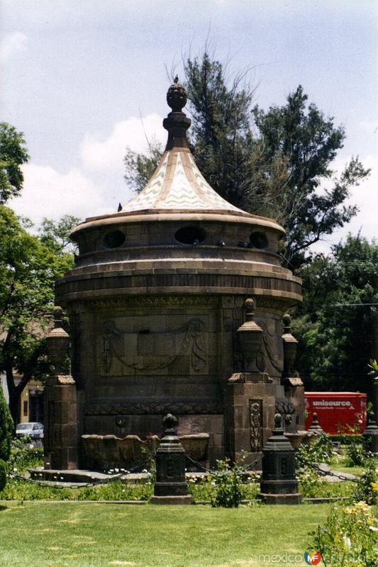 Caja de Agua (siglo XIX). San Luis Potosí. 2003