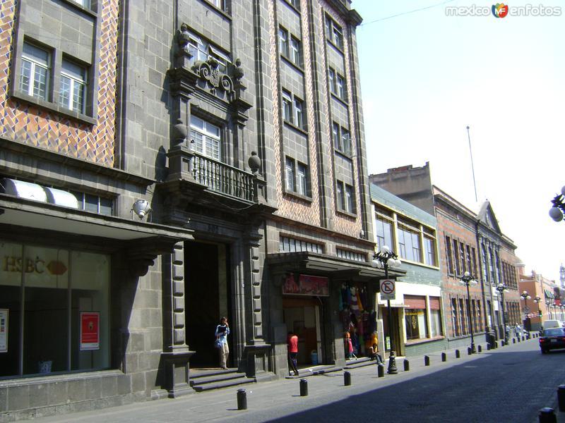 Calle 2 sur. Centro histórico. Puebla. Abril/2011