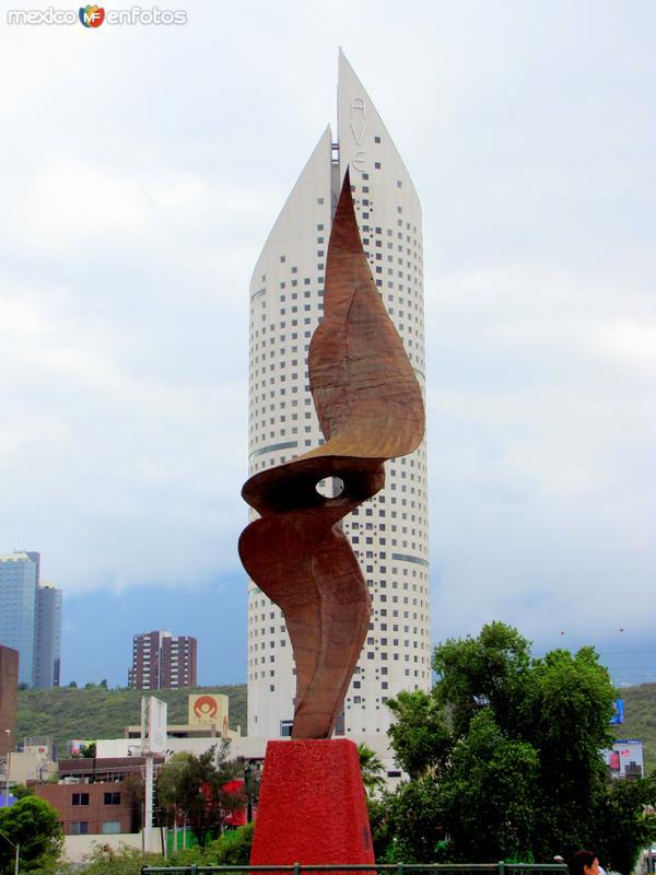 Escultura que recuerda el paso del huracán Gilberto, en 1988