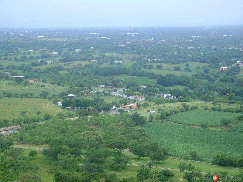 Vista del Valle de Amayuca, Morelos. Agosto/2011