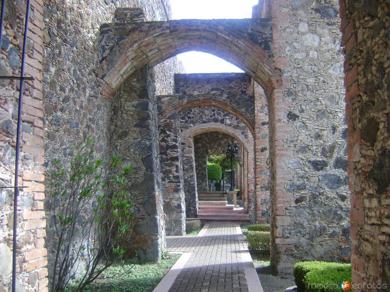 El Acueducto de la Ex-hacienda de Juriquilla, Qro. Siglo XVIII