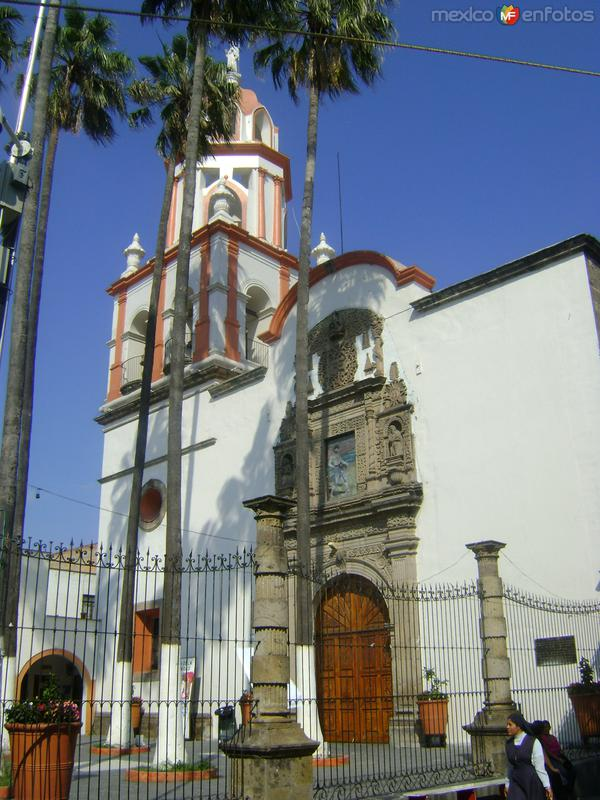 Atrio de la parroquia de San Pedro (Siglo XVII). Noviembre/2011