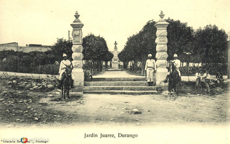 Portada del Jardín Juárez