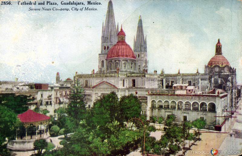 Catedral y Plaza de Armas de Guadalajara