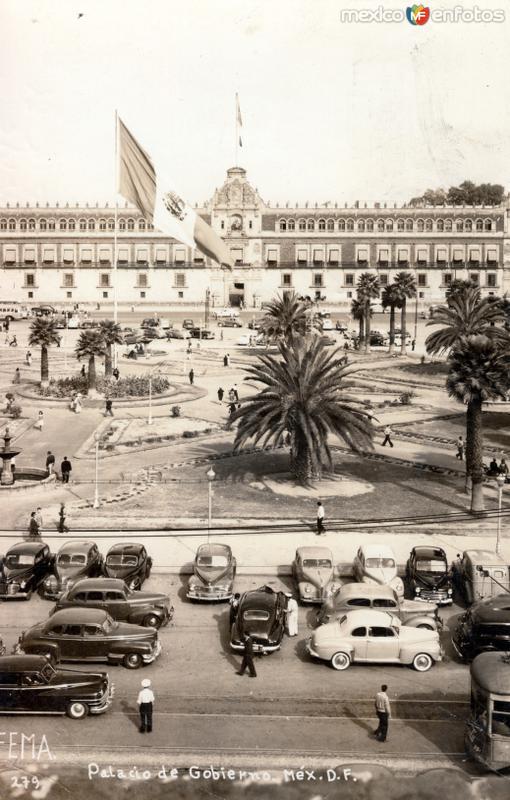 Zócalo y Palacio Nacional
