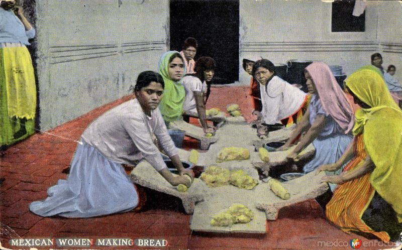 Mujeres mexicanas haciendo pan