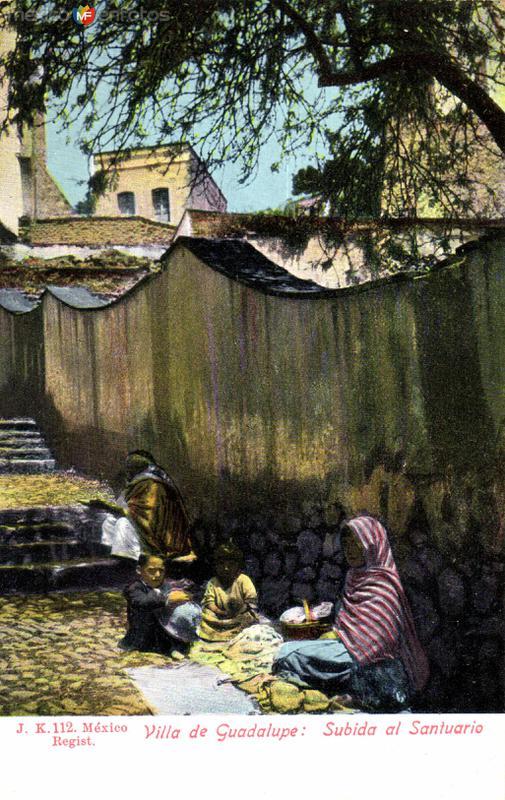 Villa de Guadalupe: Subida al Santuario