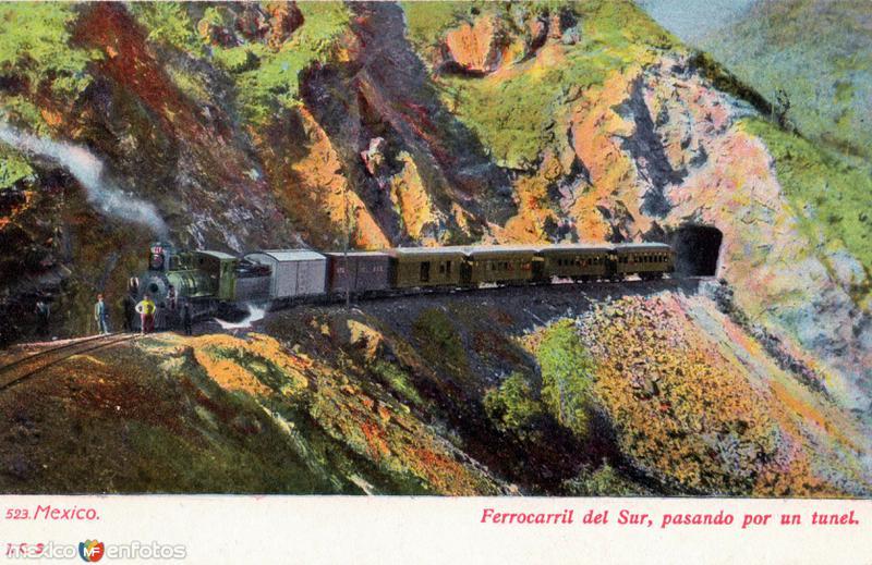 Ferrocarril del Sur, pasando por un túnel