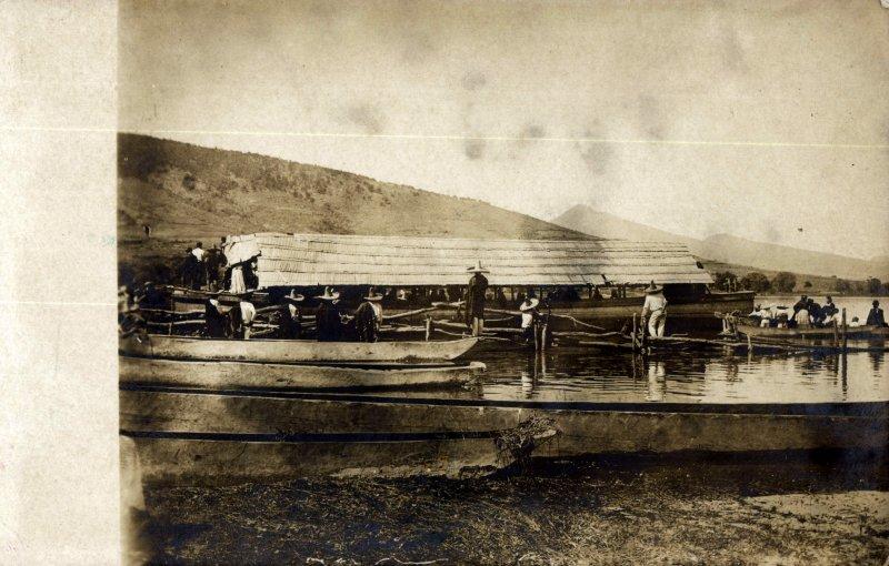 Embarcaciones en el lago de Pátzcuaro