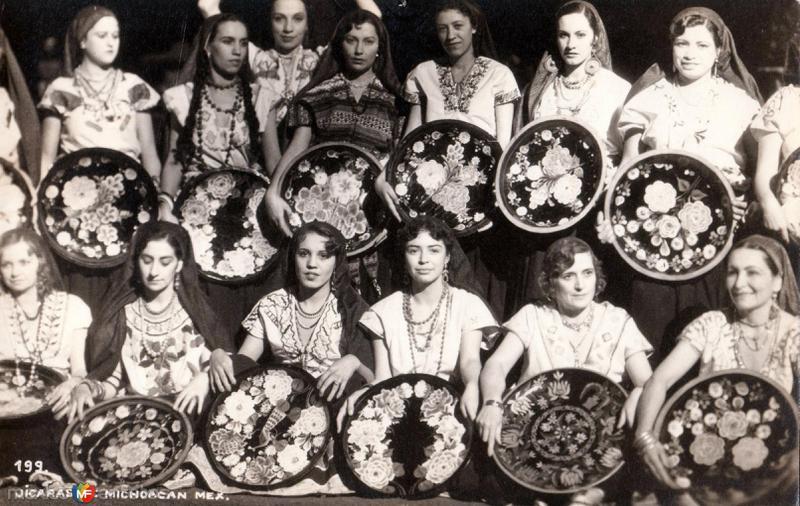 Jícaras de Michoacán