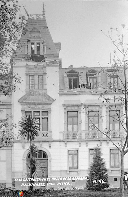 Casa destruida en el Paseo de la Reforma