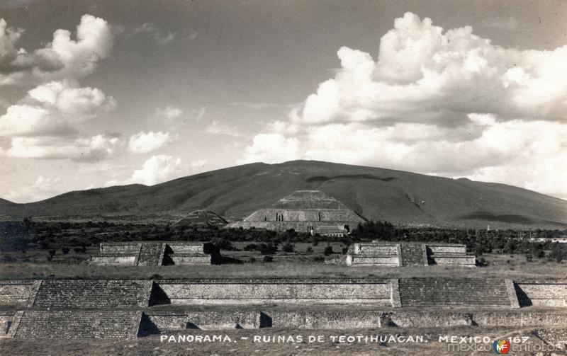 Panorama. Ruinas de Teotihuacán