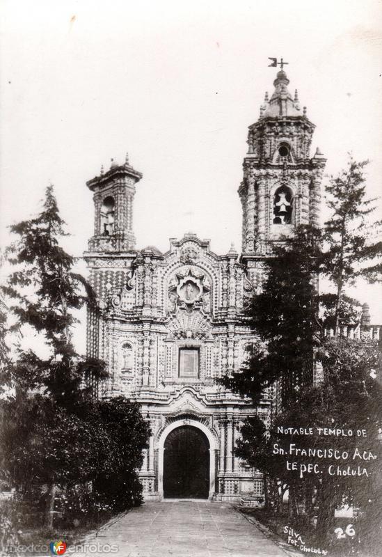 Notable Templo de San Francisco Acatepec
