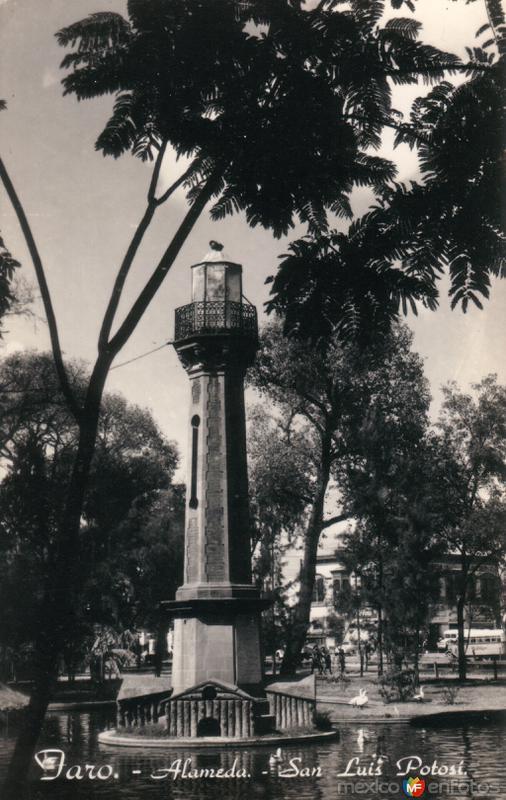 Faro en La Alameda