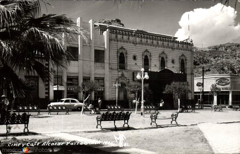 Cine y Café Alcazar