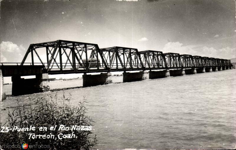 Puente sobre el Río Nazas