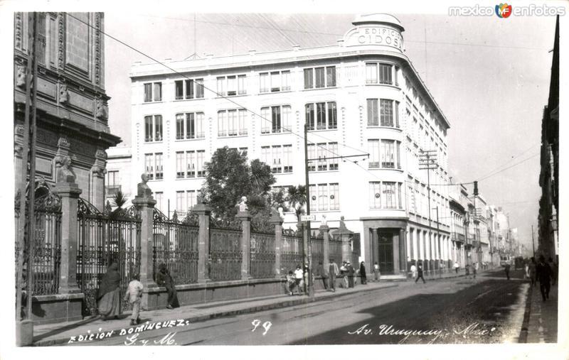 Ave Uruguay