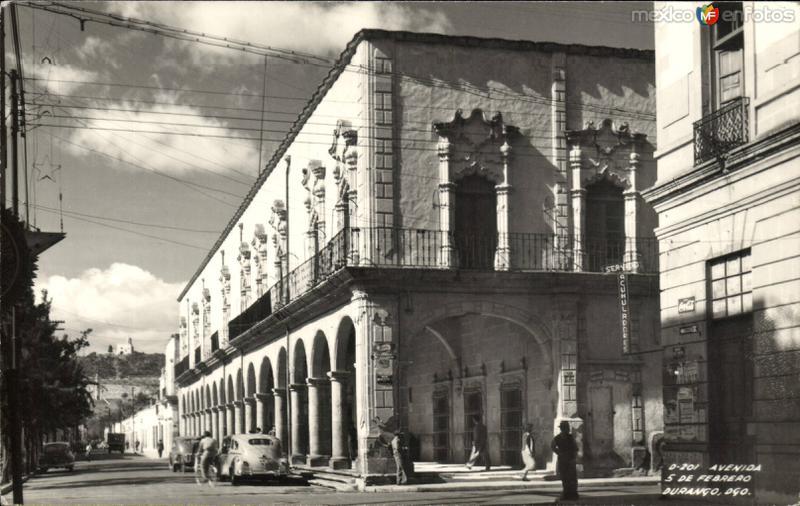 Avenida 5 de Febrero