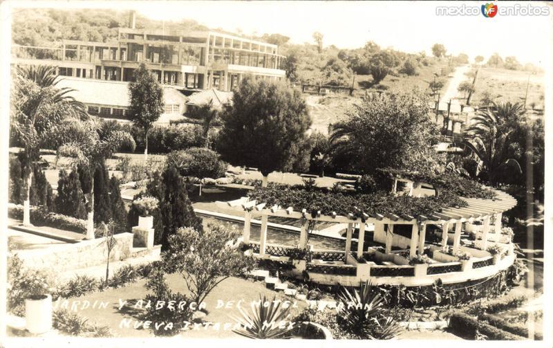 Jardín y Alberca en el Hotel Ixtapan