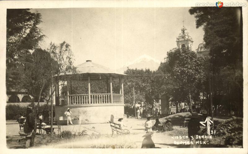 Kiosco y Jardín