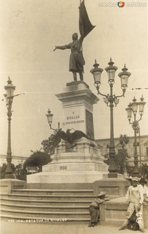 Estatua de Hidalgo