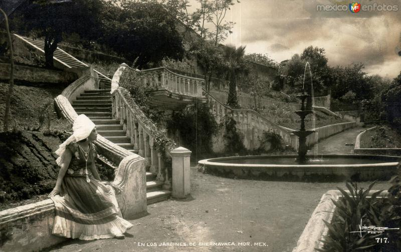 En los Jardines de Cuernavaca