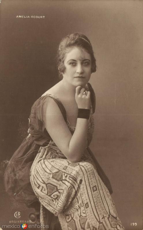 Amelia Robert