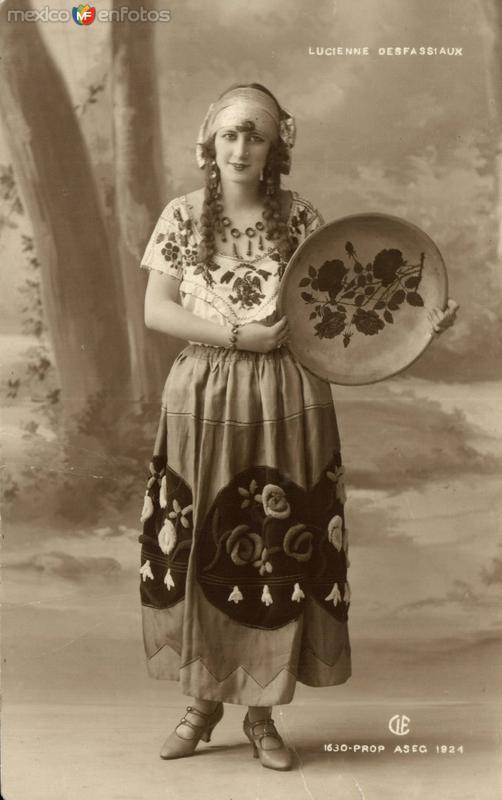 Lucienne Desfassiaux