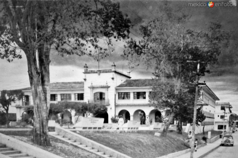 1963. Palacio Municipal.