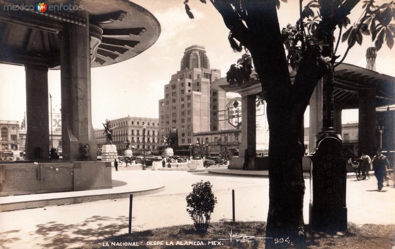 Edificio La Nacional, desde la Alameda Central