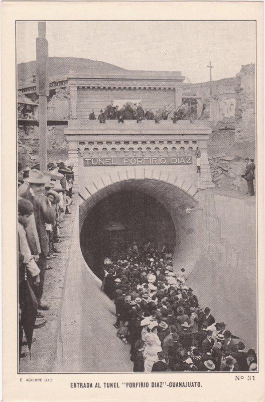 Entrada al túnel Porfirio Díaz