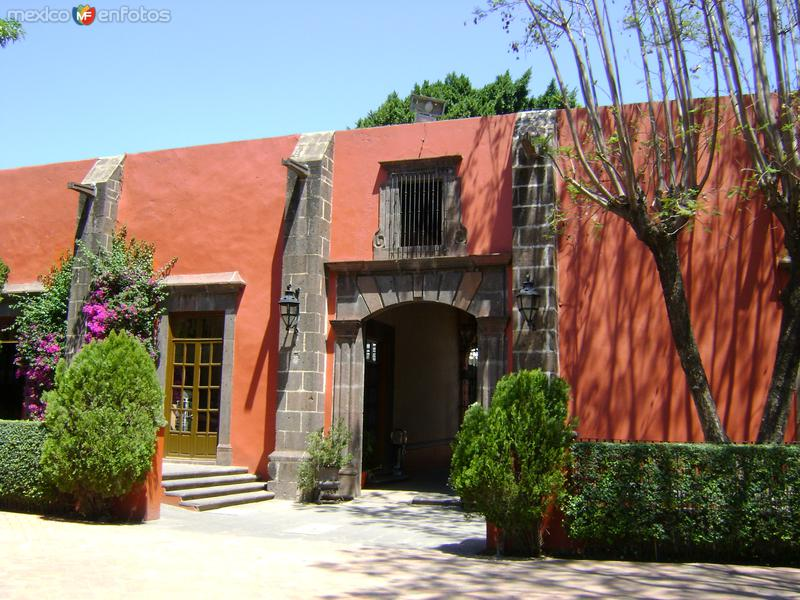 Muros y contrafuertes de la Hacienda Galindo, Qro. Marzo/2012